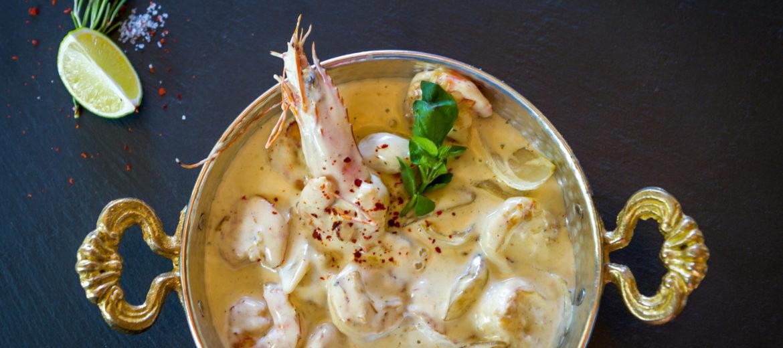 Creveti cu anghinare in sos alb