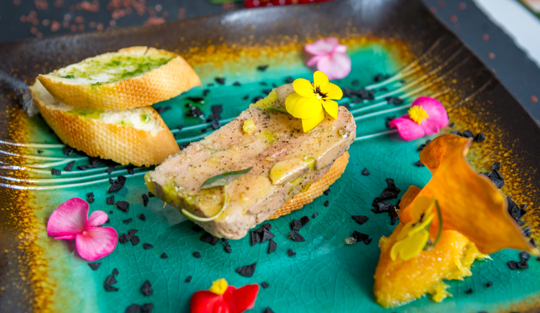 Terina de foie gras cu dulceata de citrice si sakura